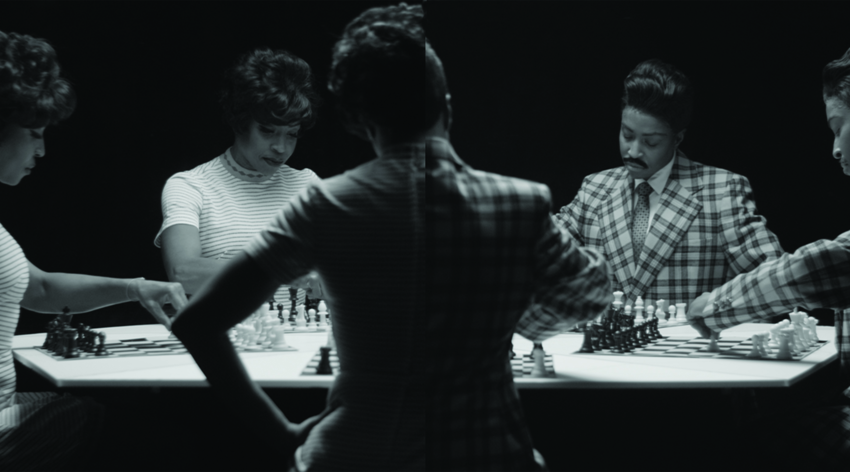 Lorna Simpson, Chess (still), 2012, HD video, black-and-white 3-channel video installation, 10 min 19 sec loop Courtesy Salon 94 and the artist